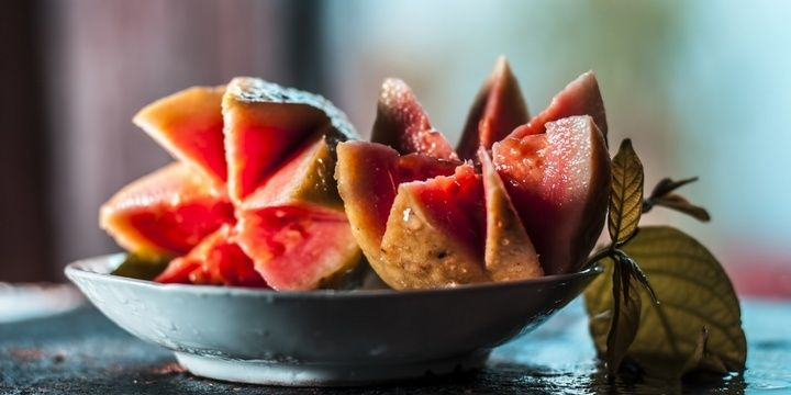 7 Most Common Products You Should Eat Raw Guava